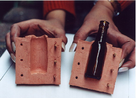 Dating bottles by their seams